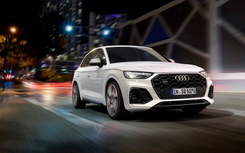 Audi has updated the sports crossover SQ5