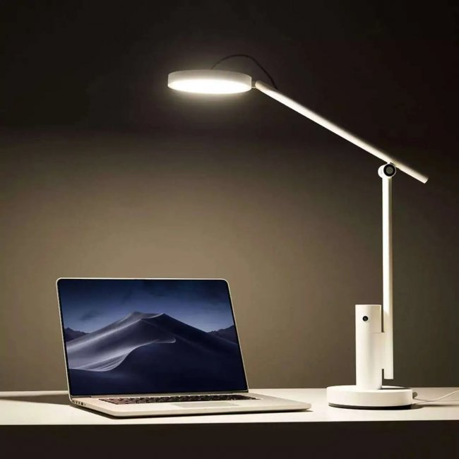 Xiaobai Smart Care Lamp - Xiaomi introduced a desk lamp with a webcam